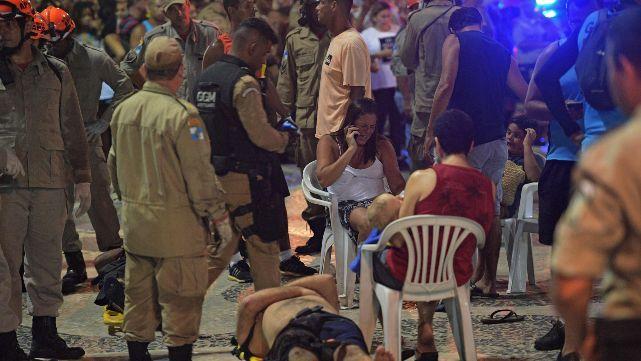 Auto sin control atropelló a multitud y mató a beba en Copacabana