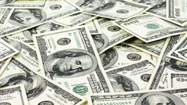 El dólar tuvo una leve suba a la espera de la licitación de las Lebac