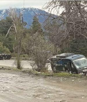 Graves incidentes entre policía y mapuches en Villa Mascardi