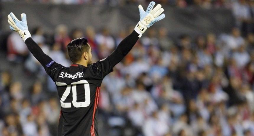 Manchester United, con Romero, goleó y se clasificó a los octavos de final de la Copa FA