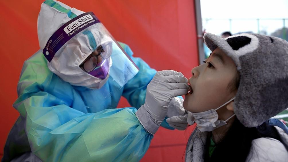 China: hicieron en cinco días un hospital de 1.500 habitaciones para casos con coronavirus