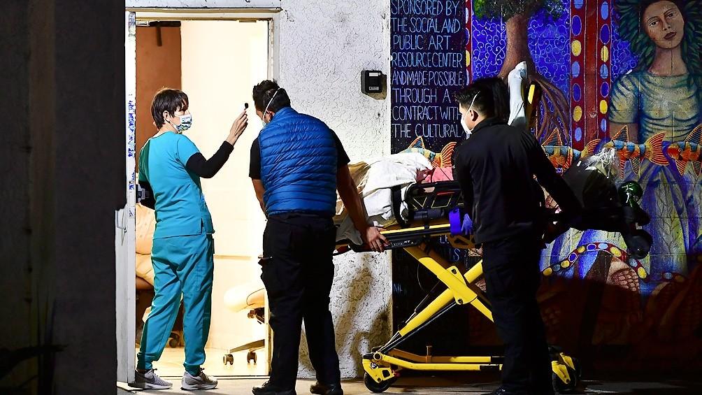 EEUU registró más de 198.000 nuevos casos y Los Ángeles está colapsada