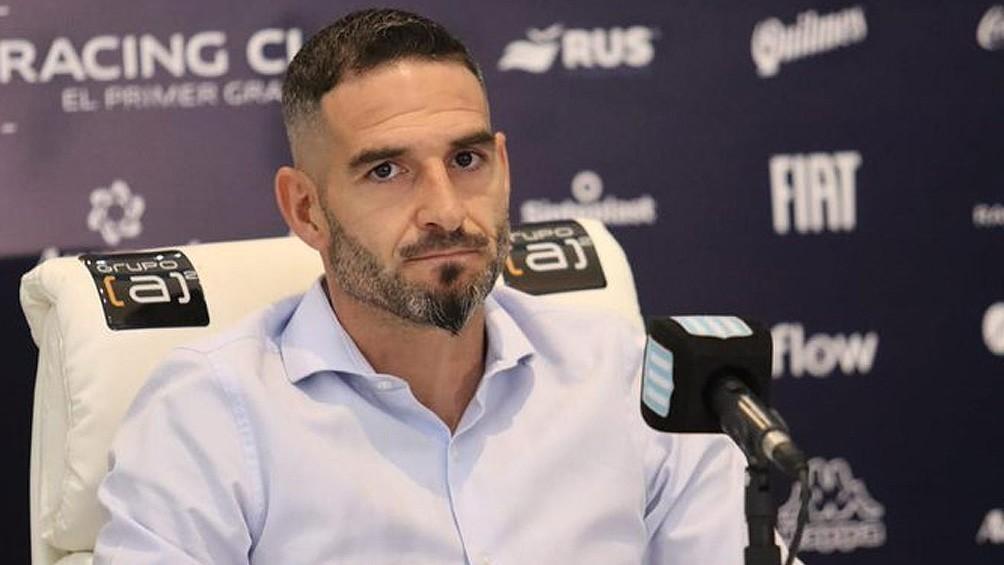 Lisandro López, uno de los máximos ídolos de Racing, anunció su salida del club