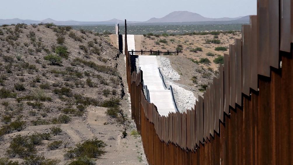 México celebró la decisión de Biden de suspender la construcción del muro fronterizo