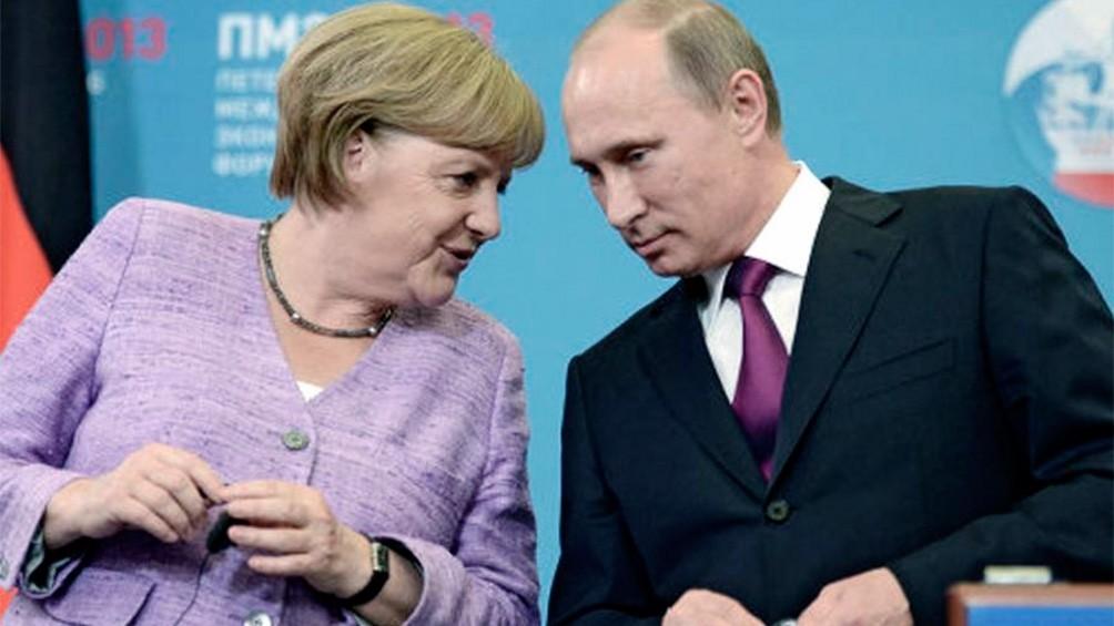 Merkel, a favor de trabajar con Rusia en el desarrollo de la vacuna contra el coronavirus