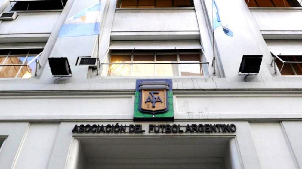 La AFA eliminó los promedios en las categorías de ascenso