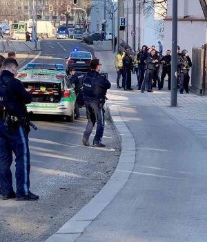 Susto por tiroteo y muerte en obra en construcción en Munich