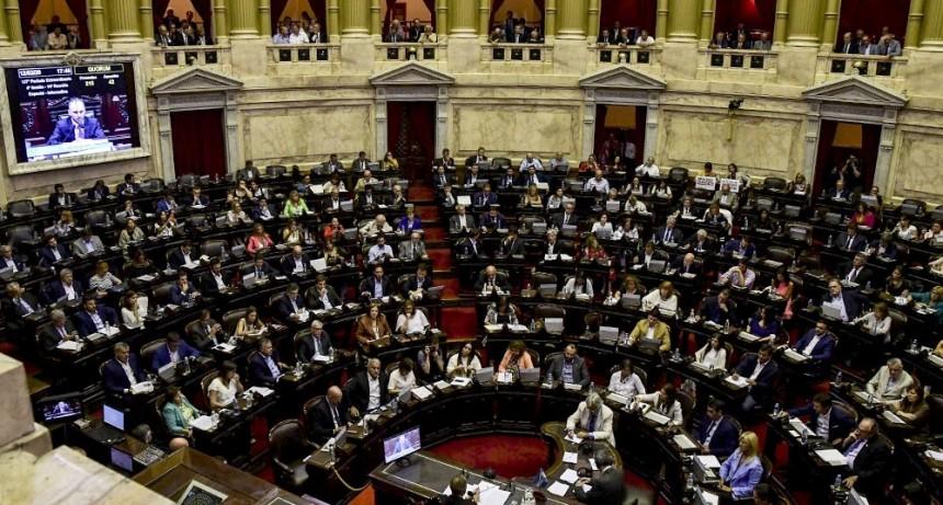 Diputados inicia el debate de la reforma ante el alerta de más renuncias de jueces