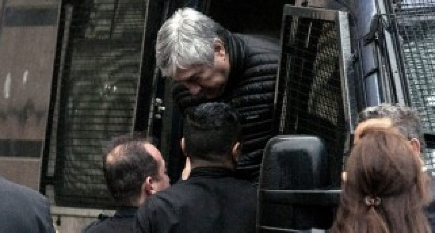 La UIF sostuvo que Lázaro Báez encabezó una organización para lavar dinero