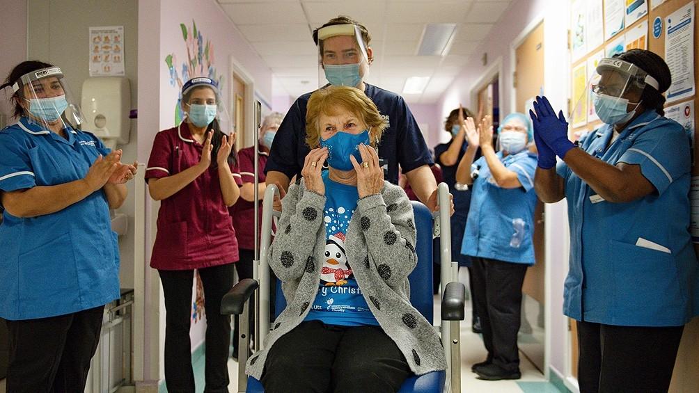 Reino Unido: más de 20 millones de personas ya recibieron la primera dosis