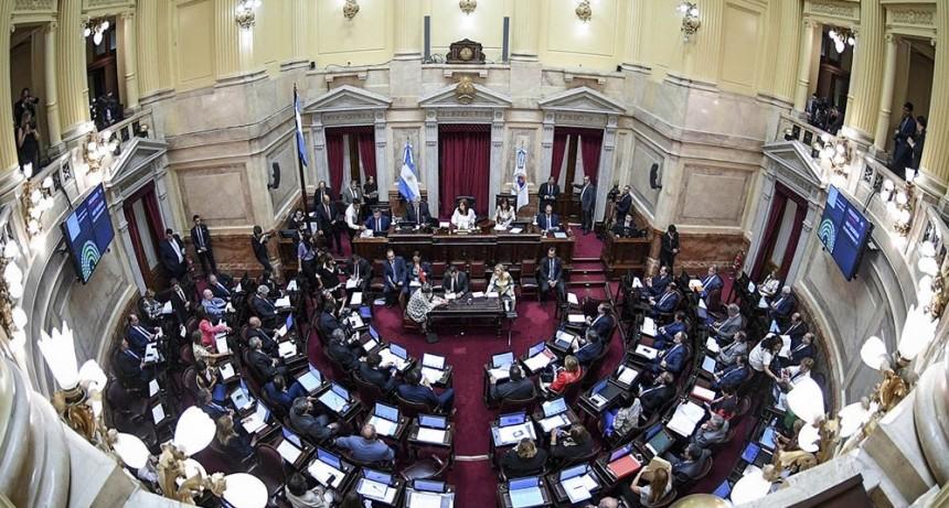 Senadores oficialistas y opositores donan parte de su dieta a la lucha contra el COVID-19