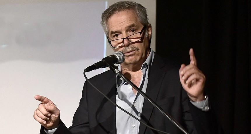 Por videoconferencia, Solá expondrá sobre el regreso de argentinos del exterior