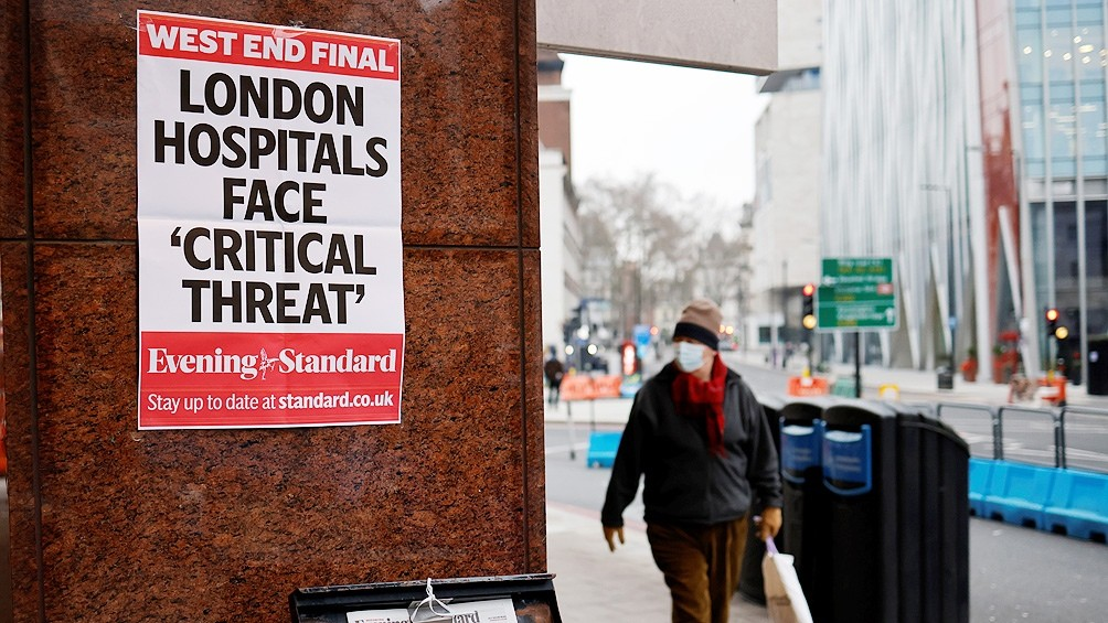 Científicos británicos ratifican que la principal vía de contagio es por el aire