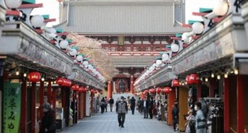 Japón da por terminada la alerta sanitaria de un mes y medio e intenta regresar a la normalidad