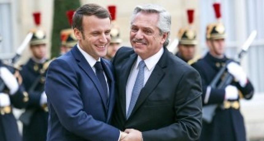 Macron saludó a Fernández y ratificó el apoyo francés para la reestructuración de la deuda