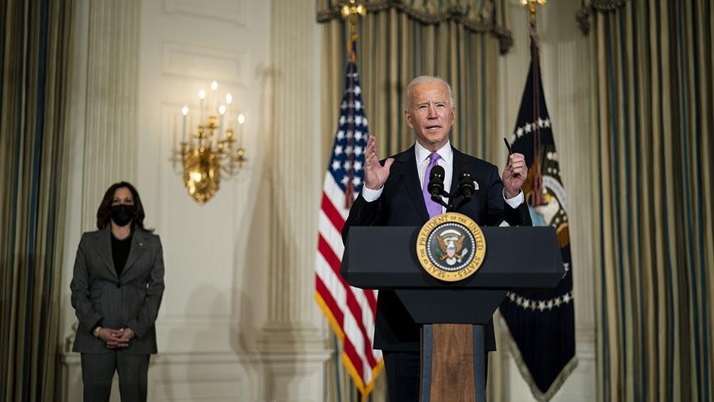 Biden anuncia que EEUU enviará 20 millones de vacunas anticovid a terceros países