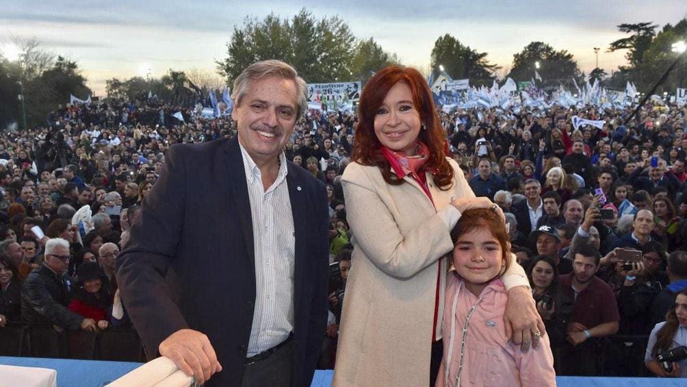 La fórmula Fernández-Fernández se mostró con candidatos ganadores de Tierra del Fuego