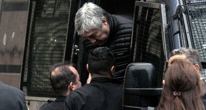 El fiscal pidió conceder domiciliaria a Báez y el Tribunal resolvió reanudar el juicio