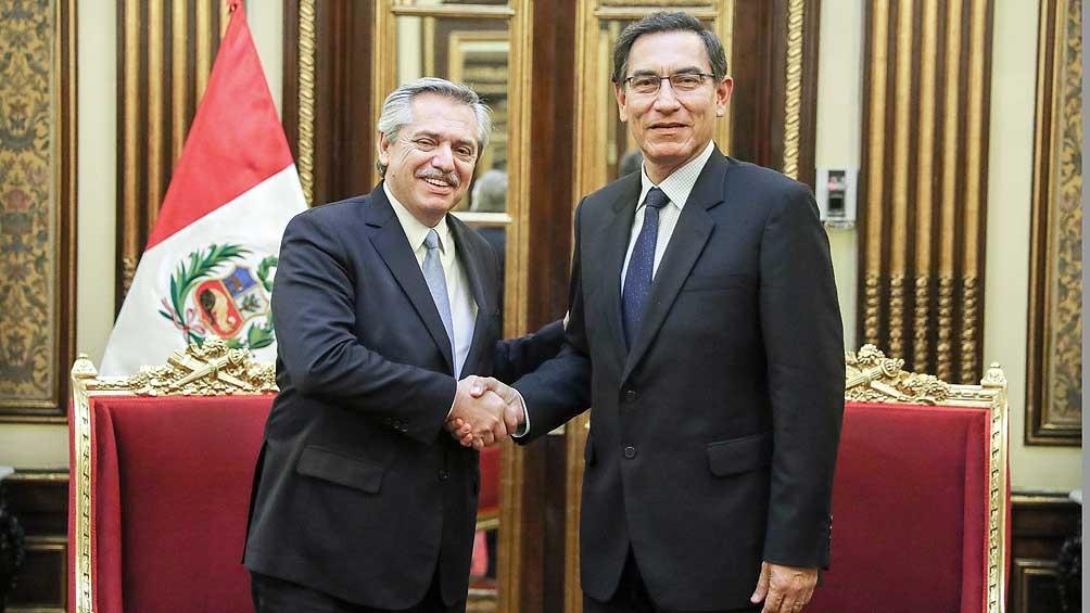 Alberto Fernández regresa a Buenos Aires tras la gira por Bolivia y Perú
