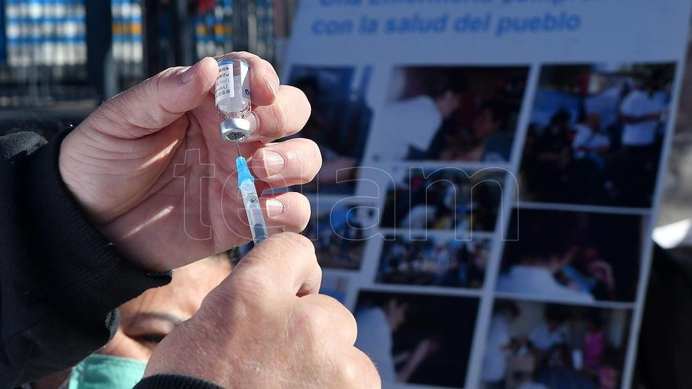 Buenos Aires: comenzó la vacuna libre para segunda dosis a mayores de 50 años