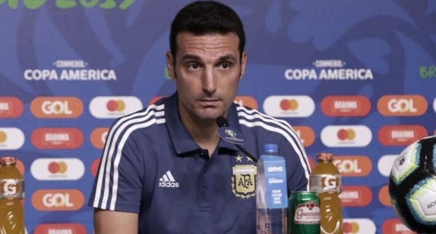 Scaloni piensa en cambiar medio equipo para enfrentar a Ecuador el domingo