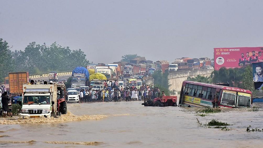 Ya son casi 200 los muertos en India y Nepal por las fuertes lluvias