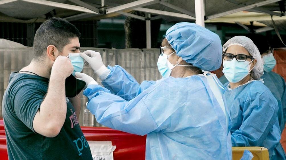 Se registraron 15 muertos y 1.415 contagios en las últimas 24 horas en Argentina