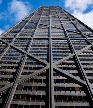 Ascensor cayó 84 pisos y ocurrió un verdadero milagro
