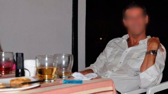 Condenan a médico que violó a su ex y a sus hijos pero sigue libre