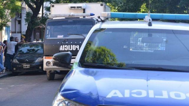 Un hombre le disparó a su ex mujer y se suicidó en pleno centro de Berisso